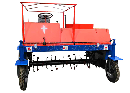 Turning machine for manure composting